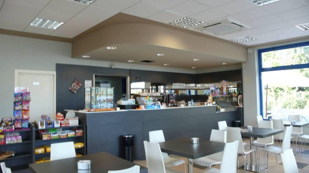 Bar wally errepi falegnameria arredamenti for Ravelli arredamenti